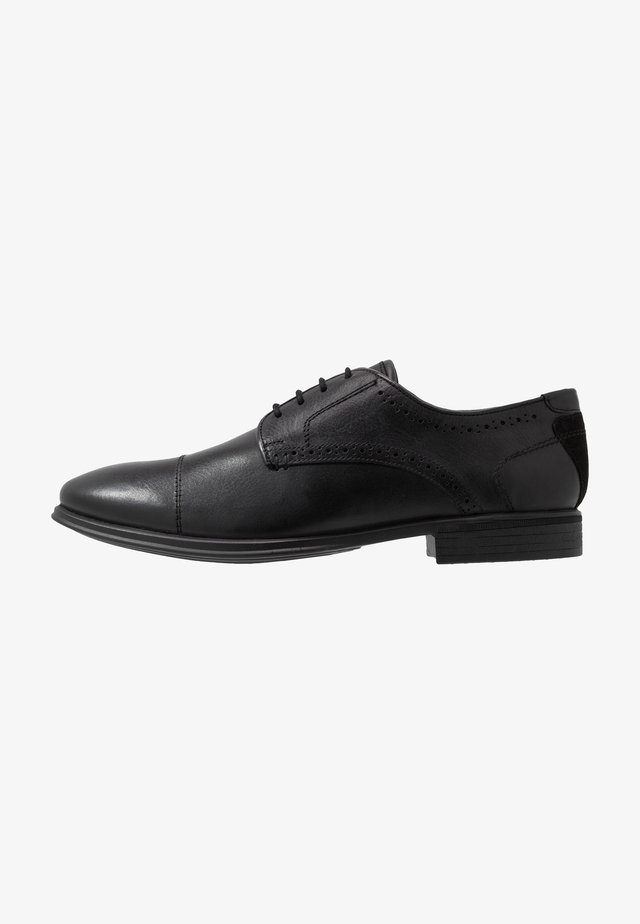 SOLEFORM TECH DERBY - Eleganta snörskor - black