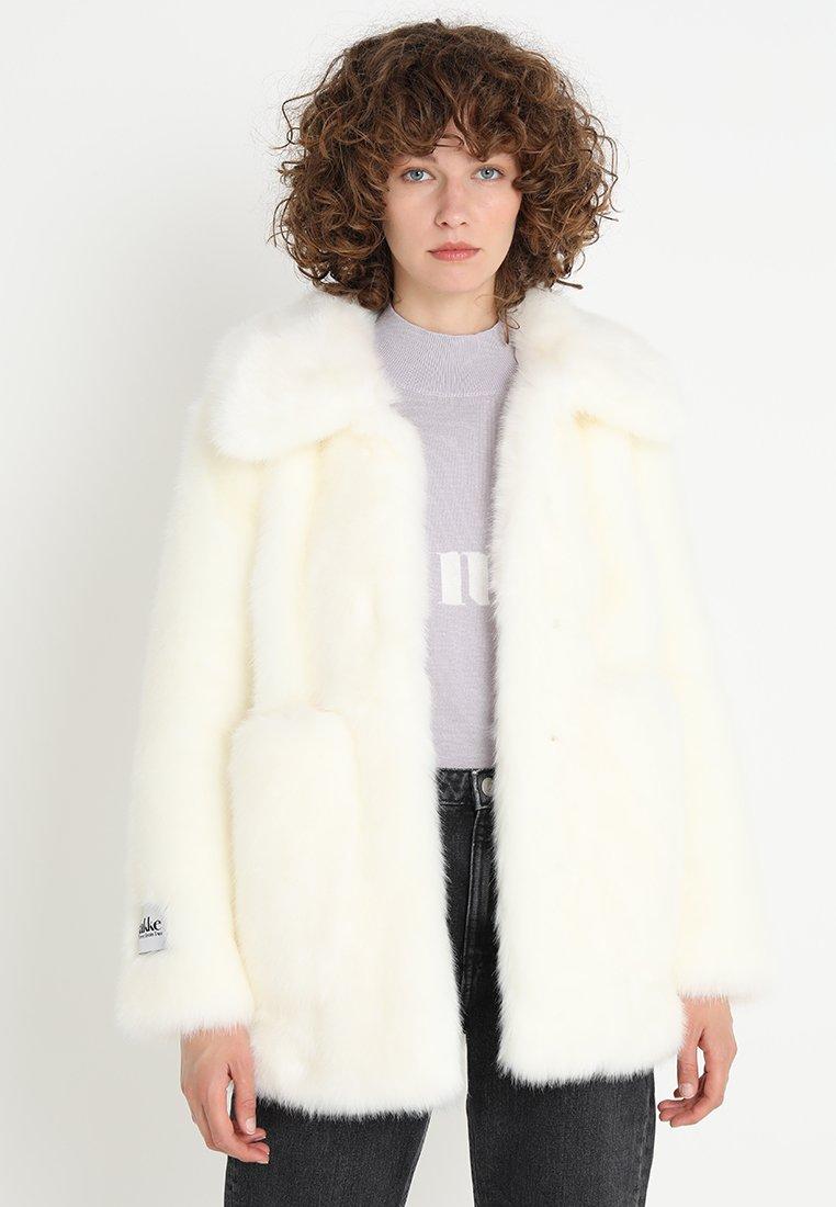 Jakke - TAMMY LUXE FAUX - Winter jacket - winter white