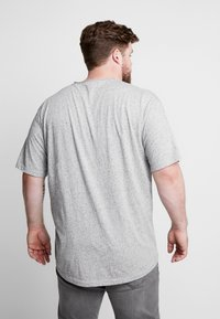 Jack´s Sportswear - HAND EMBROIDERY TEE - Print T-shirt - grey - 2