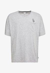 Jack´s Sportswear - HAND EMBROIDERY TEE - Print T-shirt - grey - 4