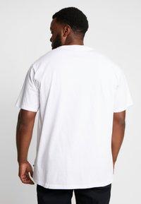 Jack´s Sportswear - CHRISTMAS TEE - Triko spotiskem - white - 2