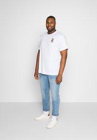 Jack´s Sportswear - Print T-shirt - white - 1
