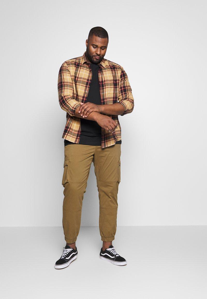 Jack´s Sportswear - BASIS TEE SINGLE 2 PACK - Basic T-shirt - black