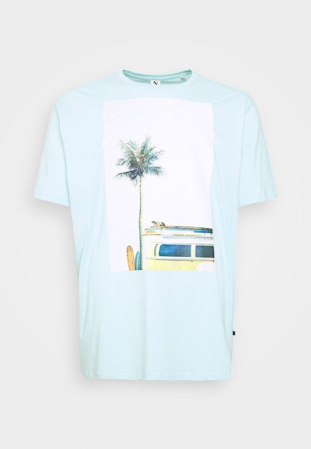 SURF - T-shirt med print - hellblau