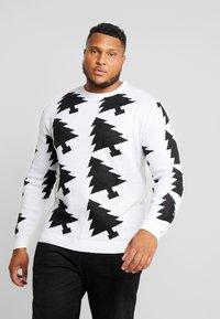 Jack´s Sportswear - XMAX TREES - Jumper - white - 0