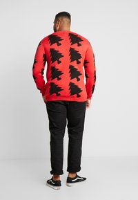 Jack´s Sportswear - XMAX TREES - Jumper - red - 2