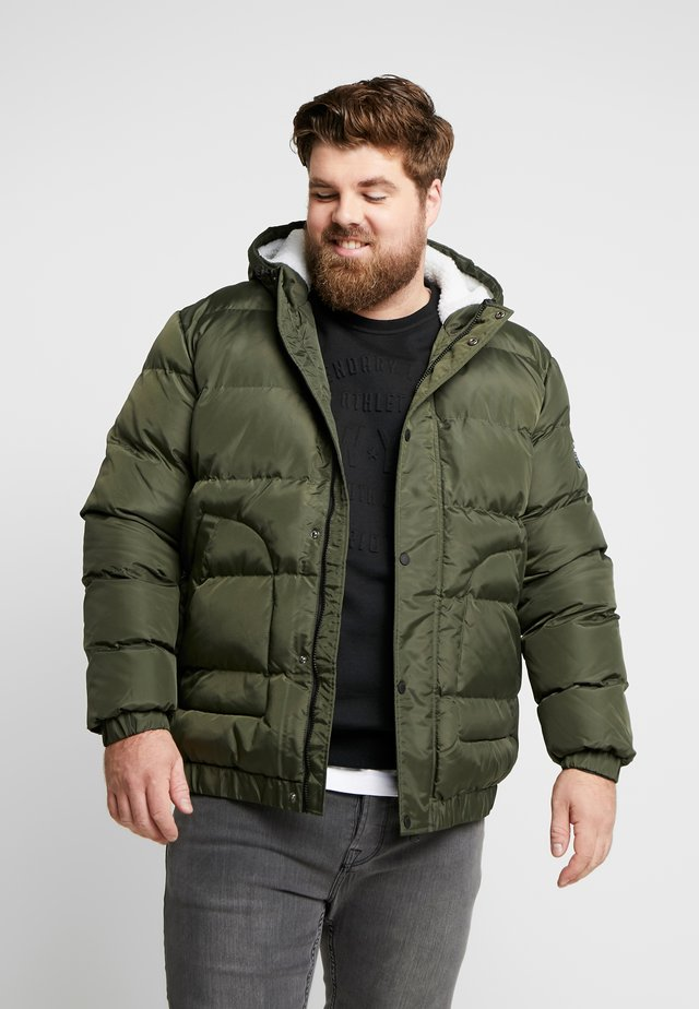 QUILTED HIGH NECK JACKET - Zimní bunda - army