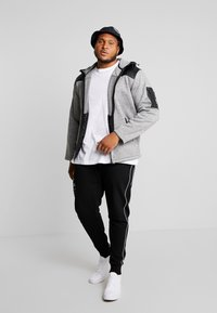 Jack´s Sportswear - HEAVY HOOD - Zip-up hoodie - light grey - 1