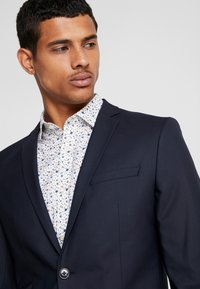 Jack & Jones PREMIUM - JPRFRANCO SUIT DARK NAVY SLIM FIT - Completo - dark navy - 7