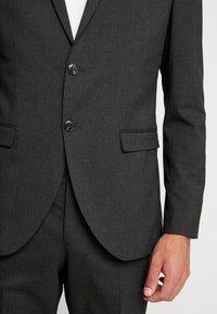 Jack & Jones PREMIUM - JPRFRANCO SUIT SET - Suit - grey melange - 9