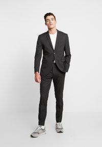 Jack & Jones PREMIUM - JPRFRANCO SUIT SET - Suit - grey melange - 1