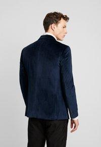 Jack & Jones PREMIUM - JPRHANNIBAL VICK SUPER SLIM - Suit jacket - dark navy - 2