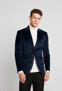 Jack & Jones PREMIUM - JPRHANNIBAL VICK SUPER SLIM - Suit jacket - dark navy - 0