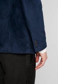 Jack & Jones PREMIUM - JPRHANNIBAL VICK SUPER SLIM - Suit jacket - dark navy - 3