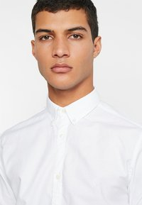 Jack & Jones PREMIUM - JPRLOGO - Koszula - white - 5