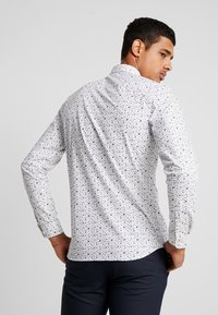 Jack & Jones PREMIUM - JPRBLACKPOOL SLIM FIT - Košile - white - 2