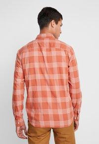 Jack & Jones PREMIUM - Overhemd - cinnamon stick - 2