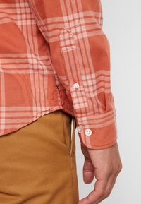 Jack & Jones PREMIUM - Overhemd - cinnamon stick - 5