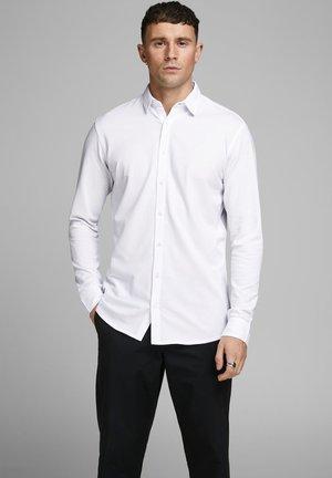 SCHLICHTES - Zakelijk overhemd - white
