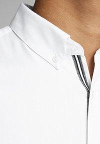 Jack & Jones PREMIUM - Koszula - white - 4