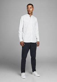 Jack & Jones PREMIUM - Koszula - white - 1