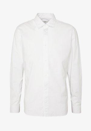 JPRTWO PACK SLIM FIT - Formal shirt - white