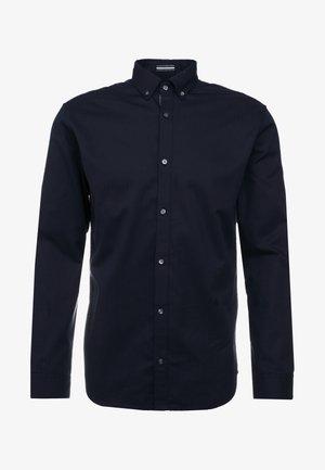 JPRFOCUS SOLID SHIRT SLIM FIT - Camicia - navy blazer