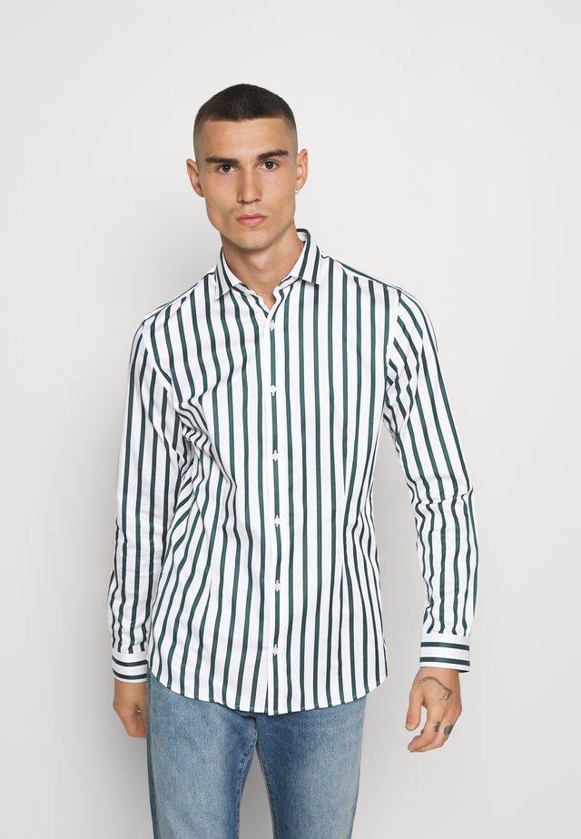 JPRBLAPARMA TREND STRIPE - Shirt - white