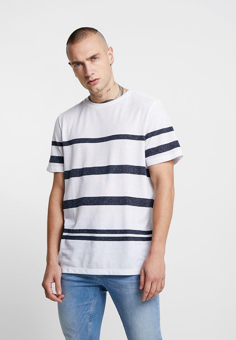 Jack & Jones PREMIUM - JPRRIVE TEE CREW NECK - T-shirt basic - white/navy