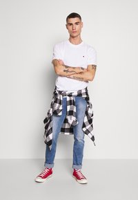 Jack & Jones PREMIUM - T-shirt basic - white - 1