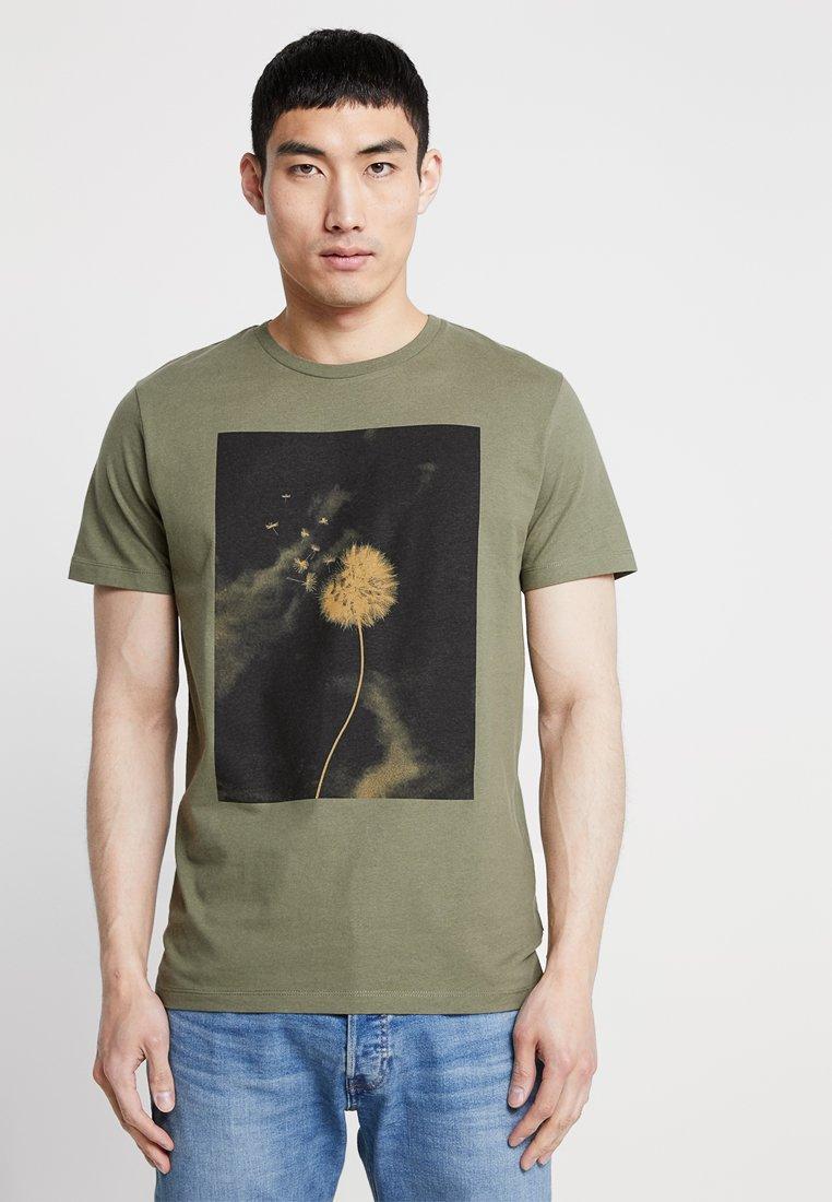 Tee Olive Jprbloom Premium Jackamp; Jones Imprimé Dusty FitT Regular shirt hQxBdtrCs
