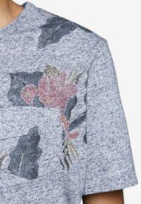 Jack & Jones PREMIUM - Print T-shirt - dark blue - 3