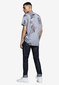 Jack & Jones PREMIUM - Print T-shirt - dark blue - 2