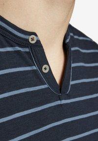 Jack & Jones PREMIUM - Print T-shirt - dark navy - 4