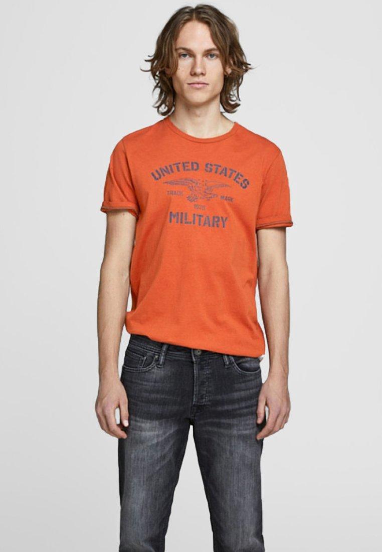 Jack & Jones PREMIUM - Print T-shirt - cinnamon stick