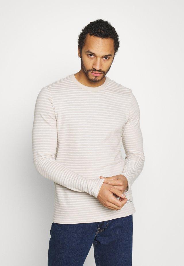 JPRBLADE TEE CREW NECK - Long sleeved top - crockery