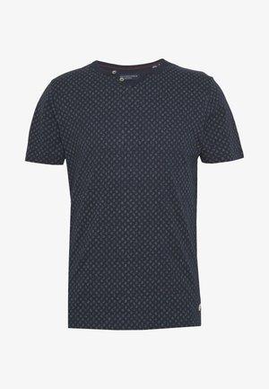 JPRBEN SPLIT NECK TEE - Print T-shirt - navy blazer