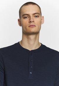 Jack & Jones PREMIUM - GRANDDAD - Bluzka z długim rękawem - navy blazer - 3