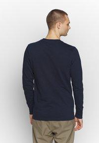 Jack & Jones PREMIUM - GRANDDAD - Bluzka z długim rękawem - navy blazer - 2