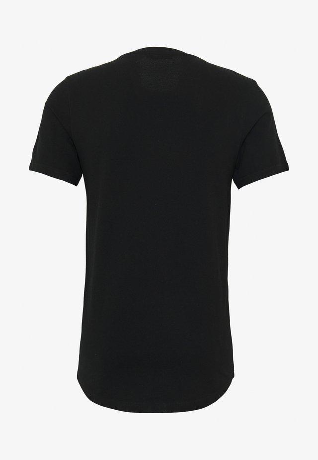 JPRBLA CORREL TEE  - Printtipaita - black