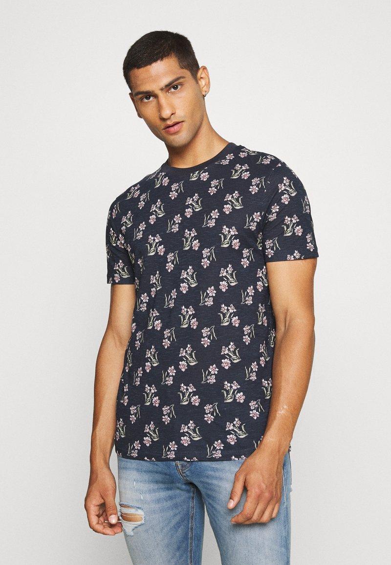 Jack & Jones - JPRHOLIDAY TEE CREW NECK - T-shirt med print - black iris