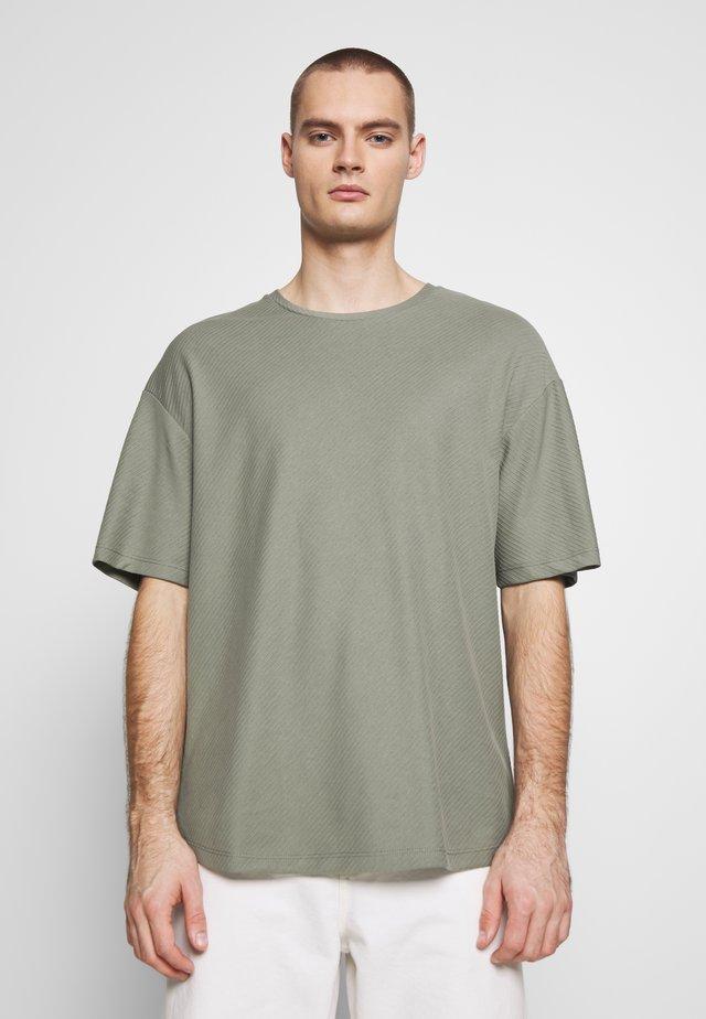 JPRBLA JOE TEE CREW NECK  - T-shirt basique - agave green