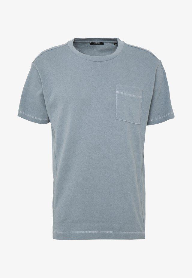 JPRAIDEN TEE CREW NECK AMERICAN FIT - T-shirt basique - faded blue