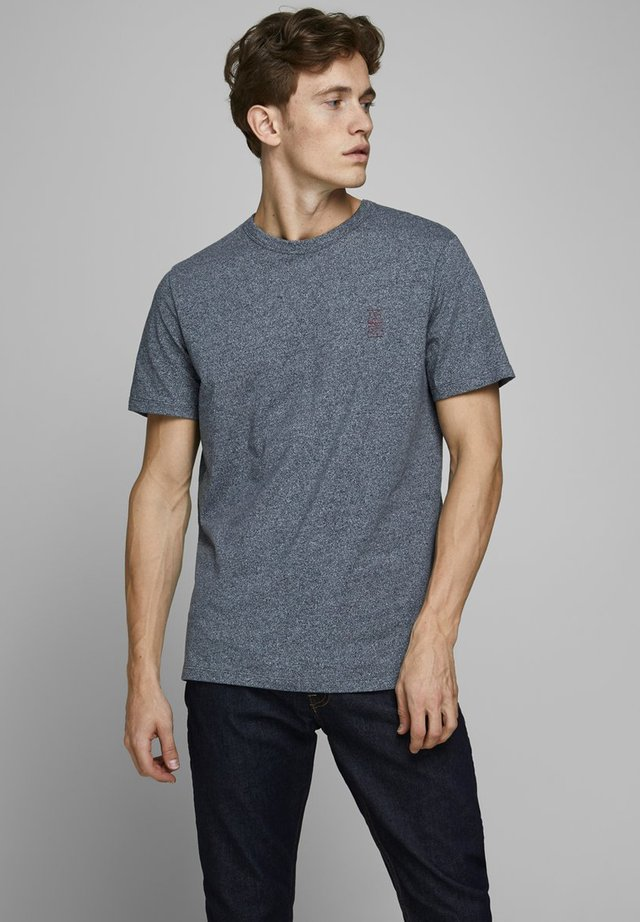 JACK & JONES PREMIUM T-SHIRT RUNDHALSAUSSCHNITT - T-shirt basic - navy blazer