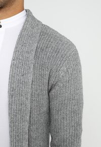 Jack & Jones PREMIUM - JPRKUNE - Cardigan - light grey melange - 5