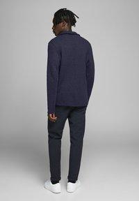 Jack & Jones PREMIUM - Blazer jacket - navy blazer - 2