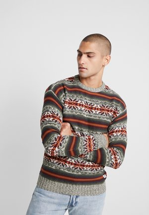 JPRZACHARY CREW NECK - Jumper - burnt henna