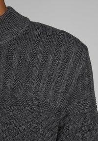 Jack & Jones PREMIUM - Trui - dark grey melange - 3