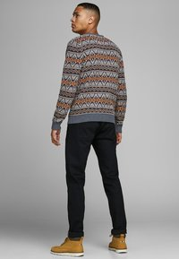 Jack & Jones PREMIUM - Stickad tröja - burnt orange - 2