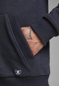 Jack & Jones PREMIUM - JPRJASON HOOD JACKET - Zip-up hoodie - blue - 4